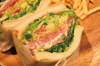本日のおすすめメニュー「生ハムと野菜9種のベジタブルサンド」@恵比寿の大人の隠れ家 鉄板焼き バンブーグラッシィ(テイクアウト・デリバリーもやってます!)