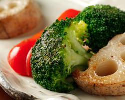 本日のおすすめメニュー「直産野菜の鉄板焼」@恵比寿の大人の隠れ家 鉄板焼き バンブーグラッシィ(テイクアウト・デリバリーもやってます!)