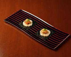 本日のおすすめメニュー「生雲丹と焼き飯」@恵比寿の大人の隠れ家 鉄板焼き バンブーグラッシィ(テイクアウト・デリバリーもやってます!)